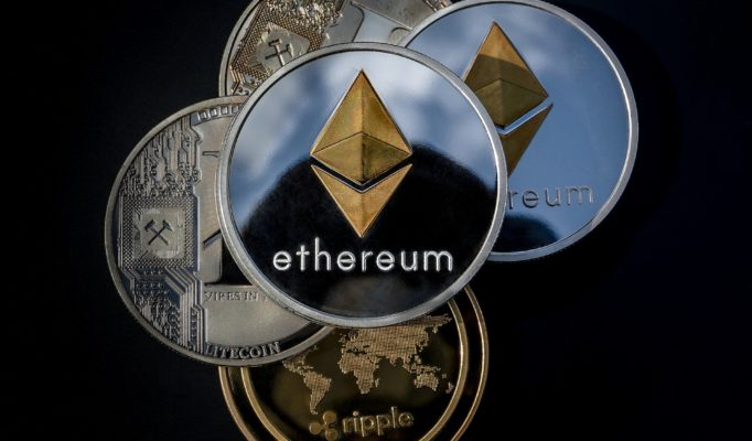 cryptocurrency-3409658_1920