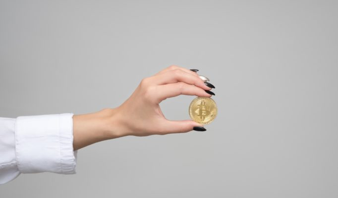 cryptocurrency-3435861_1920